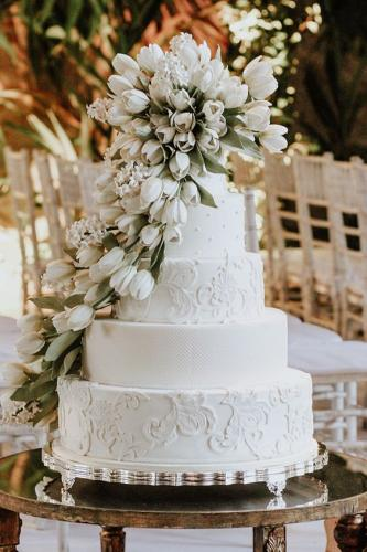 white-wedding-cake-nozzemag